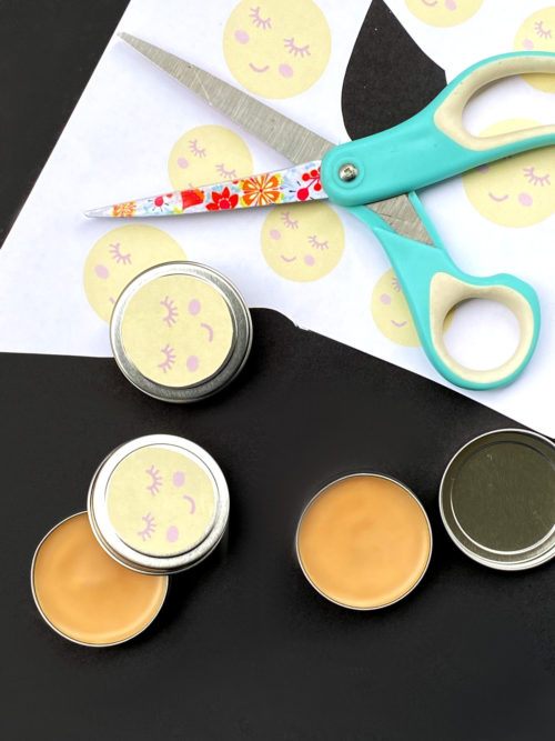 Multipurpose beauty balm. An easy essential oil salve recipe that promotes healing and helps with acne breakouts. Use this all purpose salve recipe as a DIY highlighting makeup primer for glowing skin, a DIY tinted lip balm or as a richly moisturizing beauty balm for dry hands to get real dry skin relief. This clean beauty recipe can also help with cold sores when used as a natural remedy. The perfect all-in-one beauty balm for natural skin care with manuka essential oil to promote healing.
