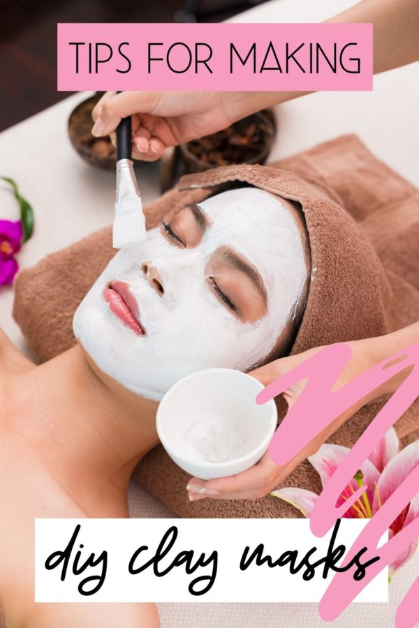Tips for making DIY clay masks. How to make DIY clay mask recipes using bentonite clay as well as other natural clays to exfoliate and rejuvenate skin. Get glowing skin that looks healthy with these easy facial mask recipes for all skin types. Discover the skin care benefits of DIY clay masks, tips for making custom clay mask recipes and information on the types of clay used for DIY face mask for your natural beauty regimen. Clean beauty recipes for healthy looking skin.